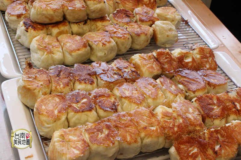 【台南市-中西區美食】台南最有個性的棠口水煎包/只賣四小時/排隊還不一定買的到
