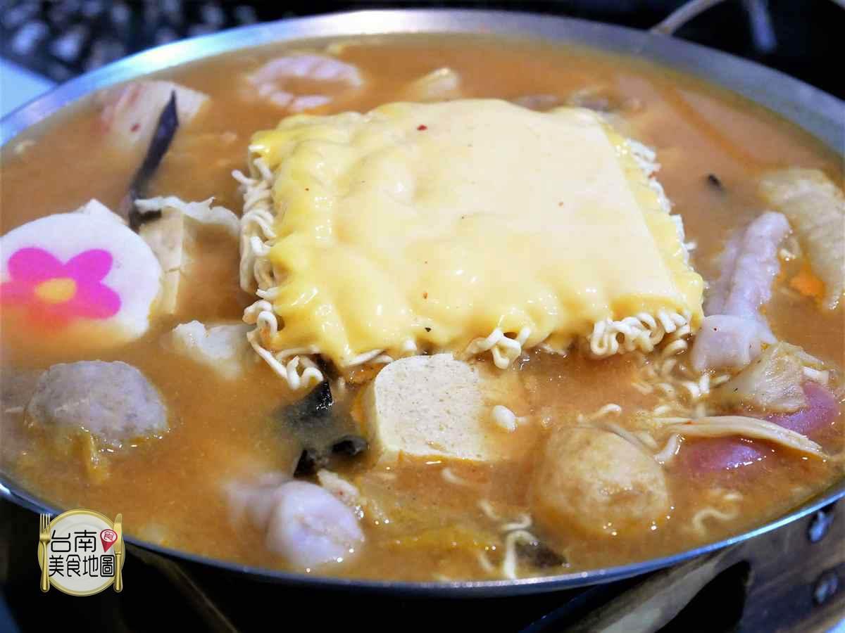 台南鍋物美食-台南鍋醬平價小火鍋