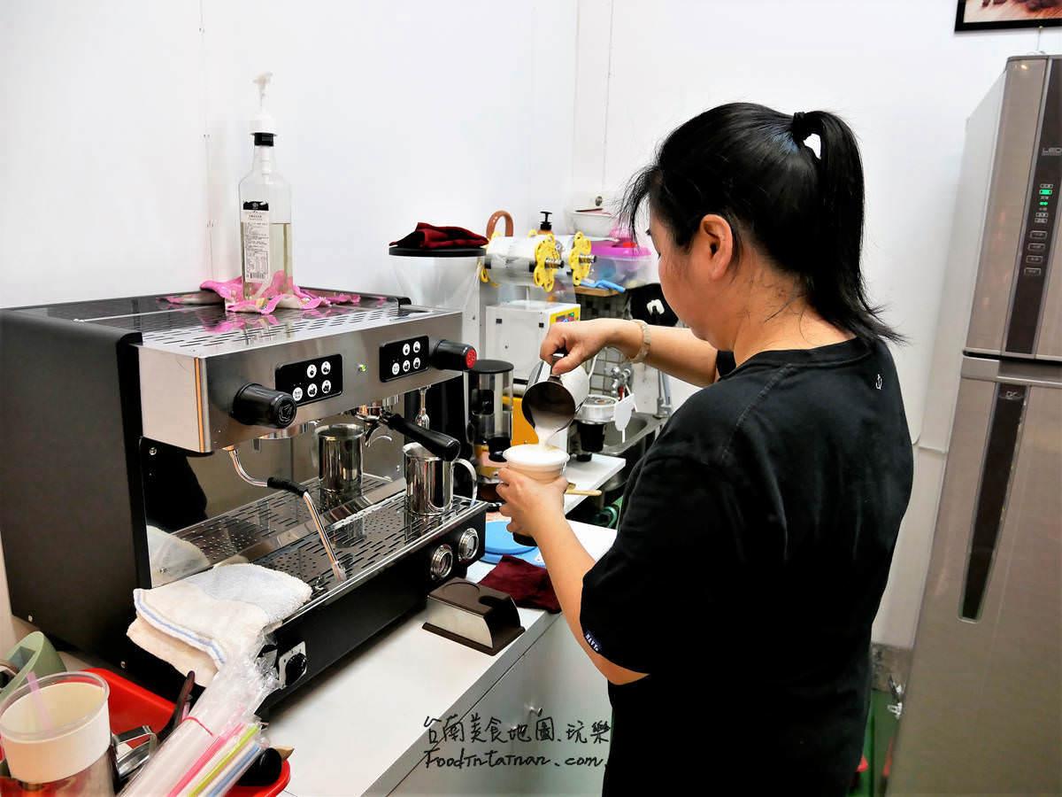 台南推薦平價手作杏仁茶洛神花茶日曬咖啡辦公室下午茶點心蛋糕蛋塔瑞士捲-奇娘烘焙坊