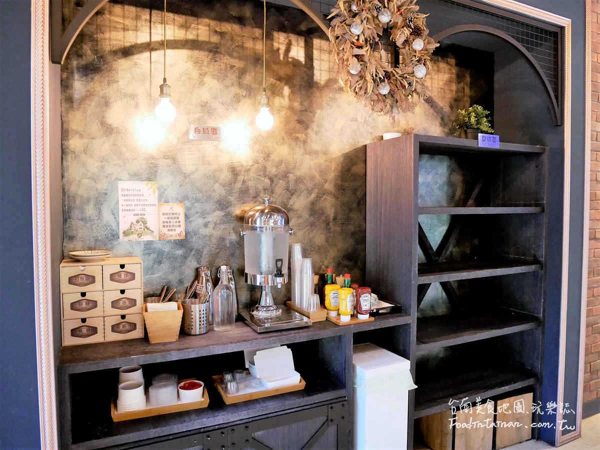 台南豪宅的平價早午餐偽貴婦享受阿拉比卡咖啡莫凡彼冰淇淋手作吐司-多一點咖啡館-台南耘非凡館-品牌特許授權店