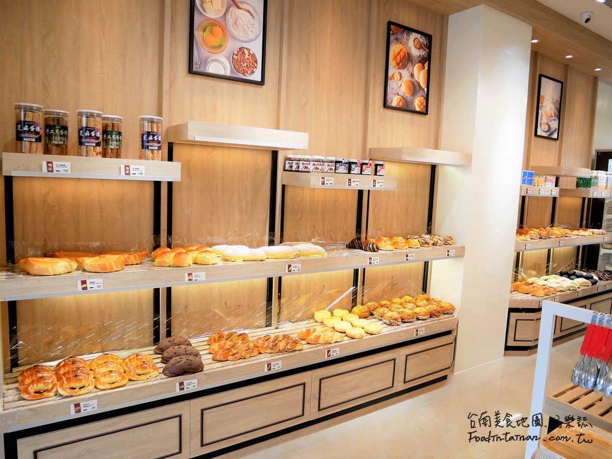 台南善化推薦造型蛋糕彌月蛋糕團體餐盒商業酒會年節禮盒婚禮小蛋糕baby收涎餅手繪餅乾爆漿奶油餐包麵包店-巴特里精緻烘焙-善化門市
